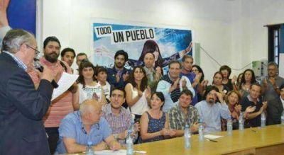 El kirchnerismo de Lomas le mostr� los dientes a Insaurralde en un acto de apoy� a CFK