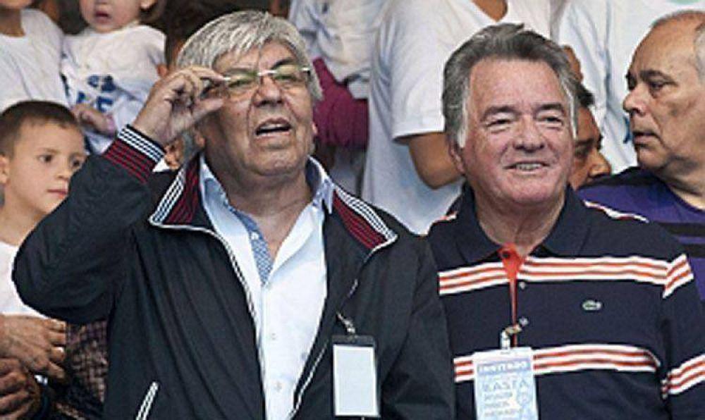 Moyano y Barrionuevo advirtieron con posibles medidas para febrero