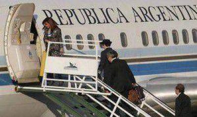 CFK partió a China y anunció acuerdo para el financiamiento de dos represas en Santa Cruz