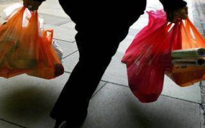 Bahía Blanca: A partir del 2 de marzo ya no entregarán bolsas camiseta