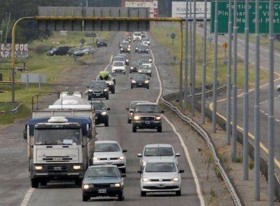 Ruta 2: Circulan 2.520 autos por hora hacia la Costa Atlántica