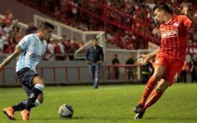 Clásico en Mar del Plata: Racing le ganó a Independiente 2 a 0