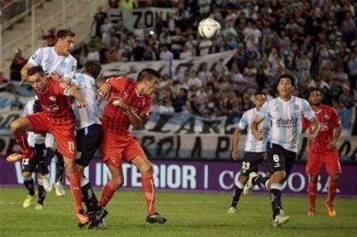 Racing fue demasiado para un descolorido Independiente y se impuso 2 a 0