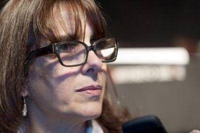 En el entorno de María Eugenia Bielsa esperan que acepte pelear por la Gobernación de Santa Fe