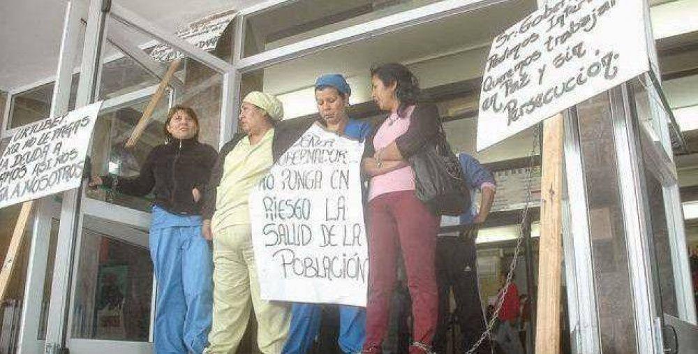 Trabajadores amenazan con retomar las protestas contra Abel Ramos
