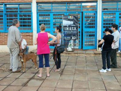 El quirófano móvil del IMUSA continúa recorriendo los barrios