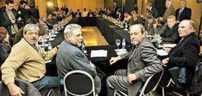 El campo va al diálogo pero quiere una reunión a solas con el Gobierno