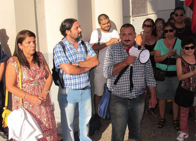 Gobierno y gremios docentes se reúnen esta semana por transporte escolar, infraestructura y viviendas