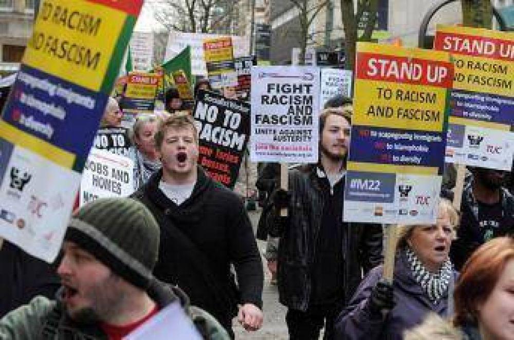Marcha de apoyo a la comunidad musulmana en Gales