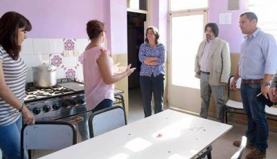 Corpacci recorrió más establecimientos educativos