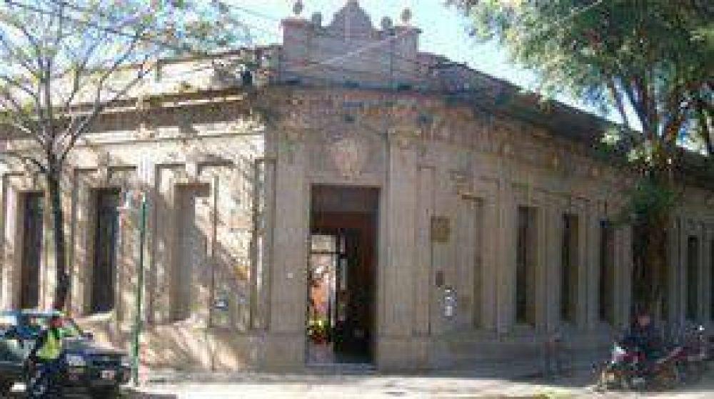 Los municipales de Colón siguen analizando una presentación legal por el acuerdo firmado entre la comuna y otro gremio