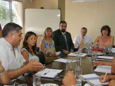Reunión de ministra con gremialistas de Cedems
