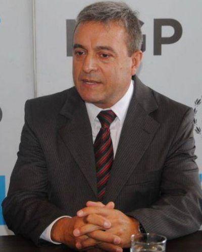 ¿Por qué se demora el decreto de designación de Telpuk como jefe de policía local?