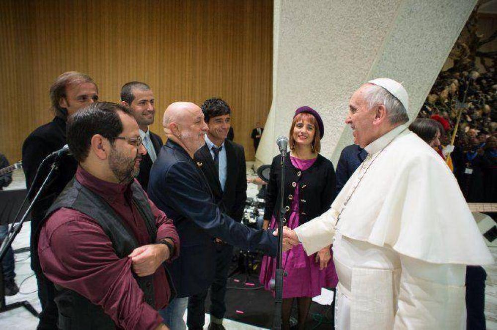 Los argentinos que sorprendieron al papa Francisco en el Vaticano