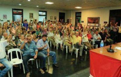 Lunghi aceptó una nueva candidatura y llamó a trabajar para mantener la mayoría en el Concejo