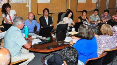 Provincia abrió las paritarias en Salud y la negociación continuará el martes