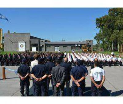 Apertura de la Academia de la Policía Comunal