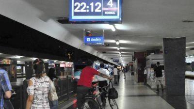 El Sarmiento no funcionará los domingos y suma problemas para viajar