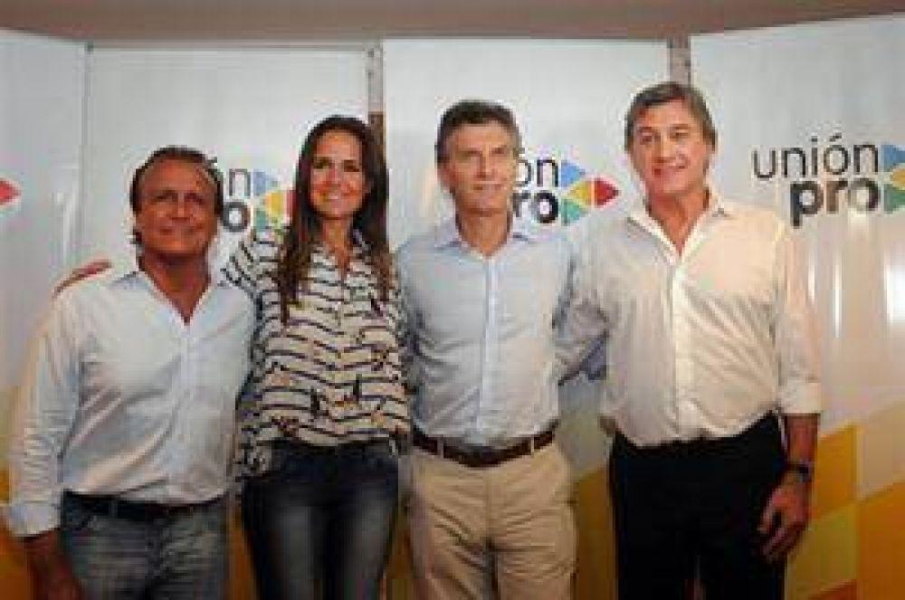 En Rosario, Macri presentó la candidatura de Del Sel