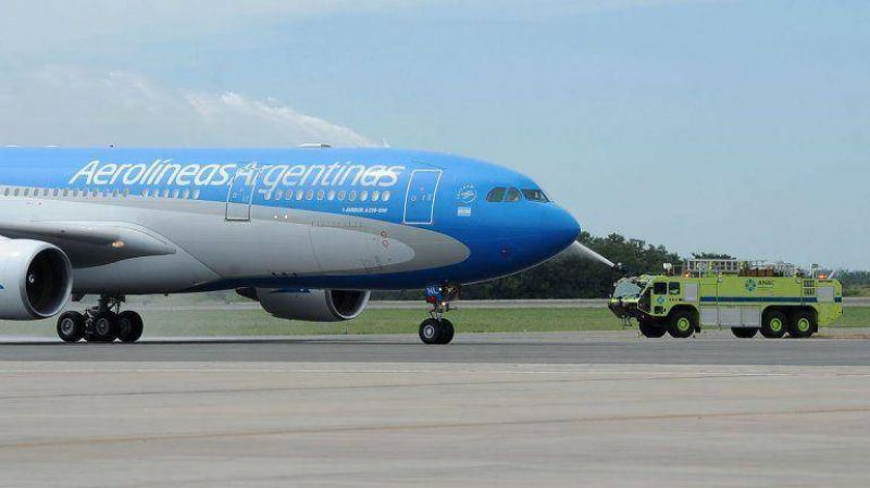 Tras conciliaci�n obligatoria, Aerol�neas y Austral operan con normalidad