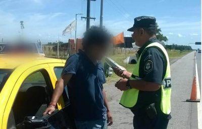 Operativo Sol: Demoran a taxista que conducía ebrio por la Ruta 2