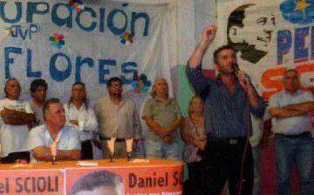 Acompañado por Viñales, Damián Pagano lanzó su precandidatura a intendente en Brown