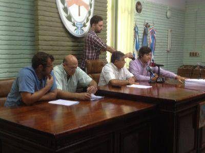 """Ripamonti: """"hay una maniobra política poniendo de rehén a empleados municipales"""""""