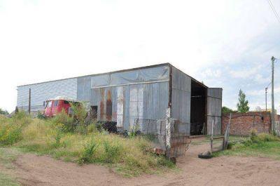 Podrían desalojar a la familia que ocupó un terreno que le entregó el municipio