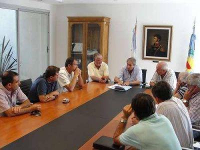 Echeverría convocó a representantes del sector rural