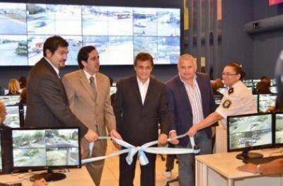 Pulti inauguró el Centro de Operaciones y Monitoreo más grande del país