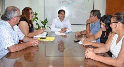 Muñoz Femenía inició la discusión salarial con los distintos gremios