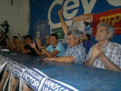 De Gennaro visit� Berisso: �El Frente Popular solo se puede construir si est� organizado en cada distrito�