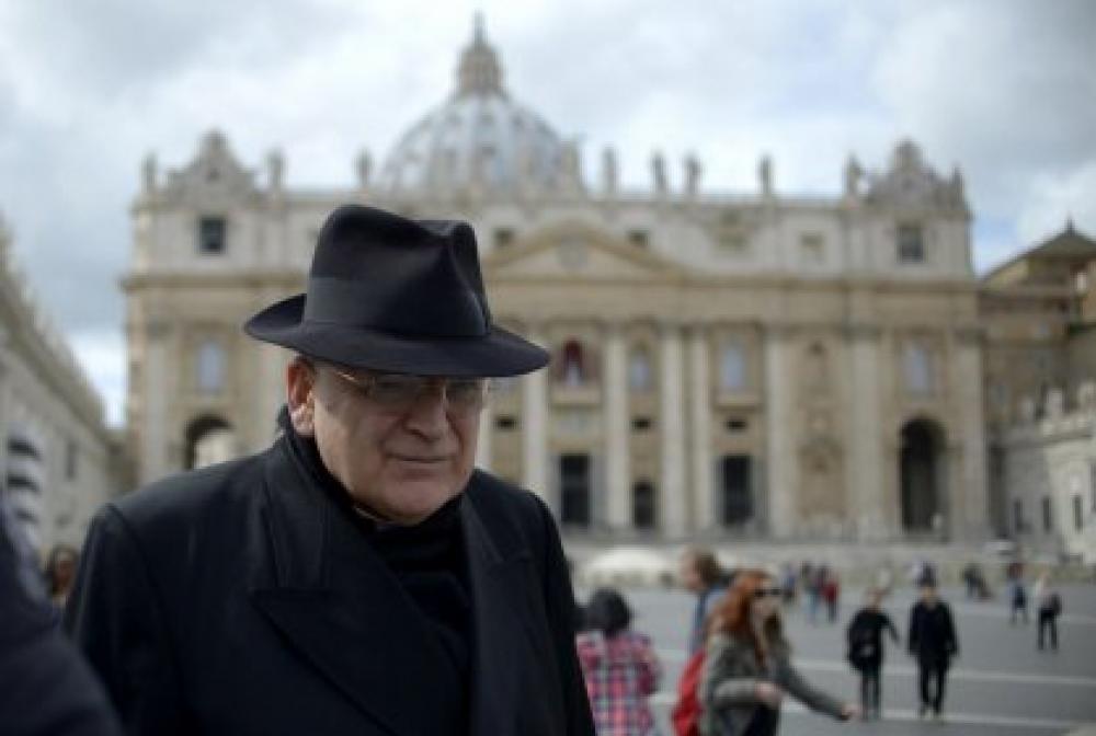 Comunión a divorciados: El cardenal Burke dice que resistirá cualquier cambio