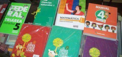 Precios de art�culos escolares aumentaron entre un 15 y 20 % y los textos se mantienen