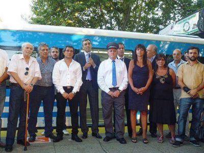 Randazzo puso en marcha los trenes 0 km de la línea Mitre en Olivos