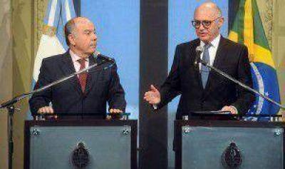 Argentina y Brasil acordaron congelar por tres meses las disputas comerciales