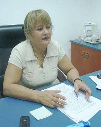 PROFESIONALES DE LA SECRETARÍA DE LA MUJER ASISTEN A JOVEN CLORINDENSE AGREDIDA POR SU NOVIO