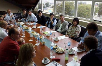 La UCR y el MPF comenzaron la construcción del proyecto provincial
