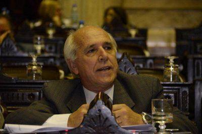 Santín abandona el bloque de la UCR en Diputados porque