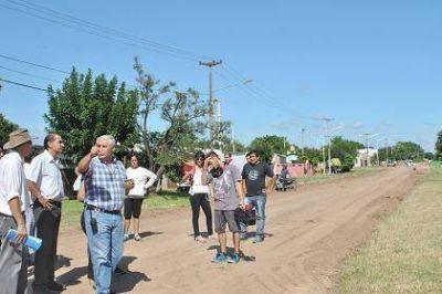 Fabián Ríos y Any Pereyra coordinaron operativo sanitario, obras para la ampliación de servicios y enripiado de calles