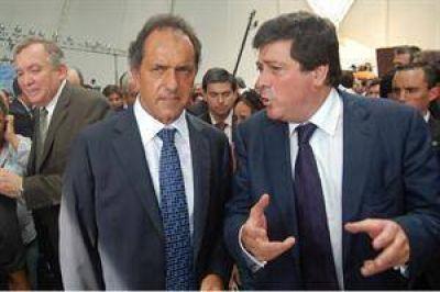 Presión oficialista sobre Scioli por sus bienes