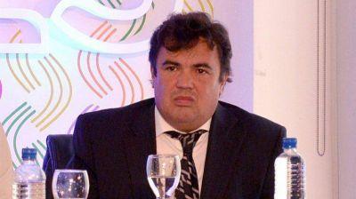 Colegas de Pollicita rechazaron las críticas y destacaron su labor como profesional