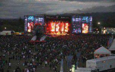 Más de 150 bandas forman parte del Cosquín Rock 2015
