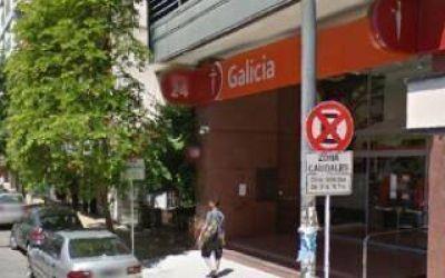 Vicente López: Encapuchados robaron $ 750 mil de un cajero automático