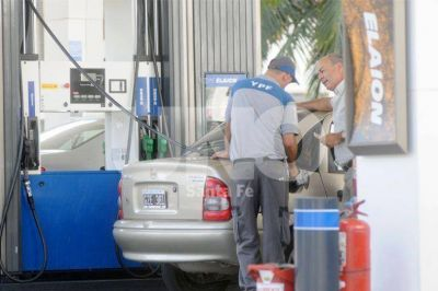 YPF aumentó un 0,8% el precio de la nafta en Santa Fe