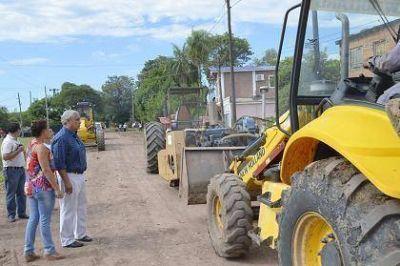 Fabián Ríos coordinó un amplio operativo para recuperación de la infraestructura pública en el barrio Santa María