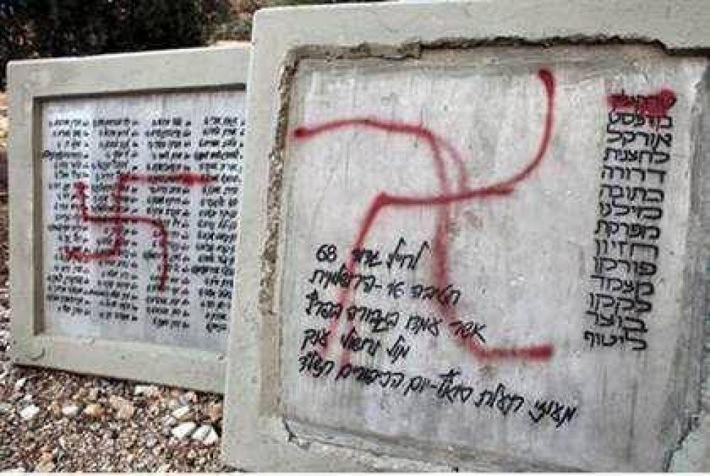 Antisemitismo/ Francia: Cientos de tumbas judías aparecieron vandalizadas