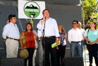 En Expo Rural Weretilneck comprometió $20.000.000 para ganadería