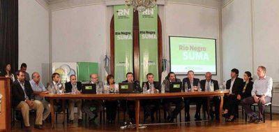 Weretilneck presentó inversiones en equipos, tecnología y apoyo a la producción