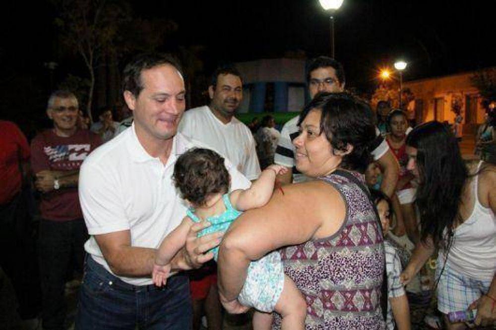 """Camau visitó Santa Lucía y Saladas: """"la demostración de cariño nos fortalece para seguir trabajando"""""""